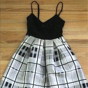 Homecoming cute dress // short plaid, black